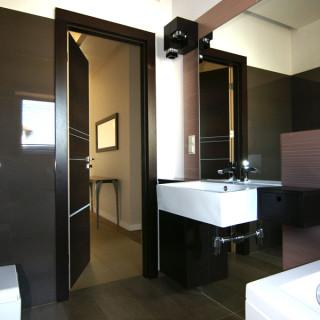 łazienka-drwniane-panele