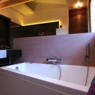 łazienka-wanna-asymetryczna