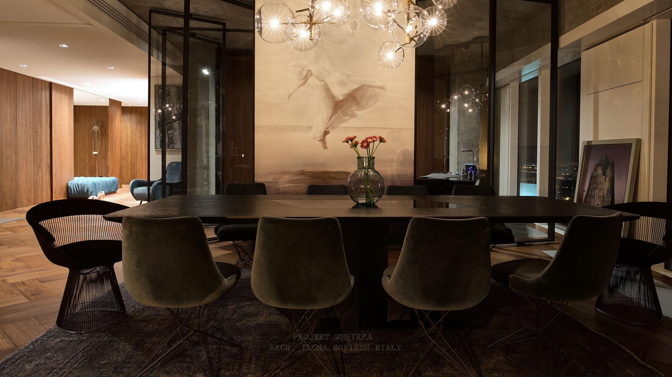 Projekt wnętrza jadalni Apartament Złota 44